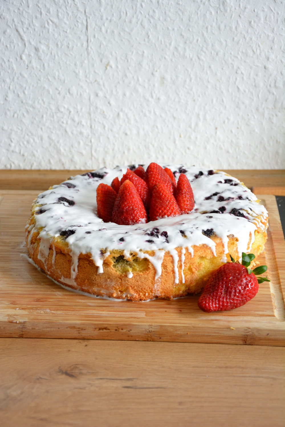 Lemon And Blueberry Cloud Cake1