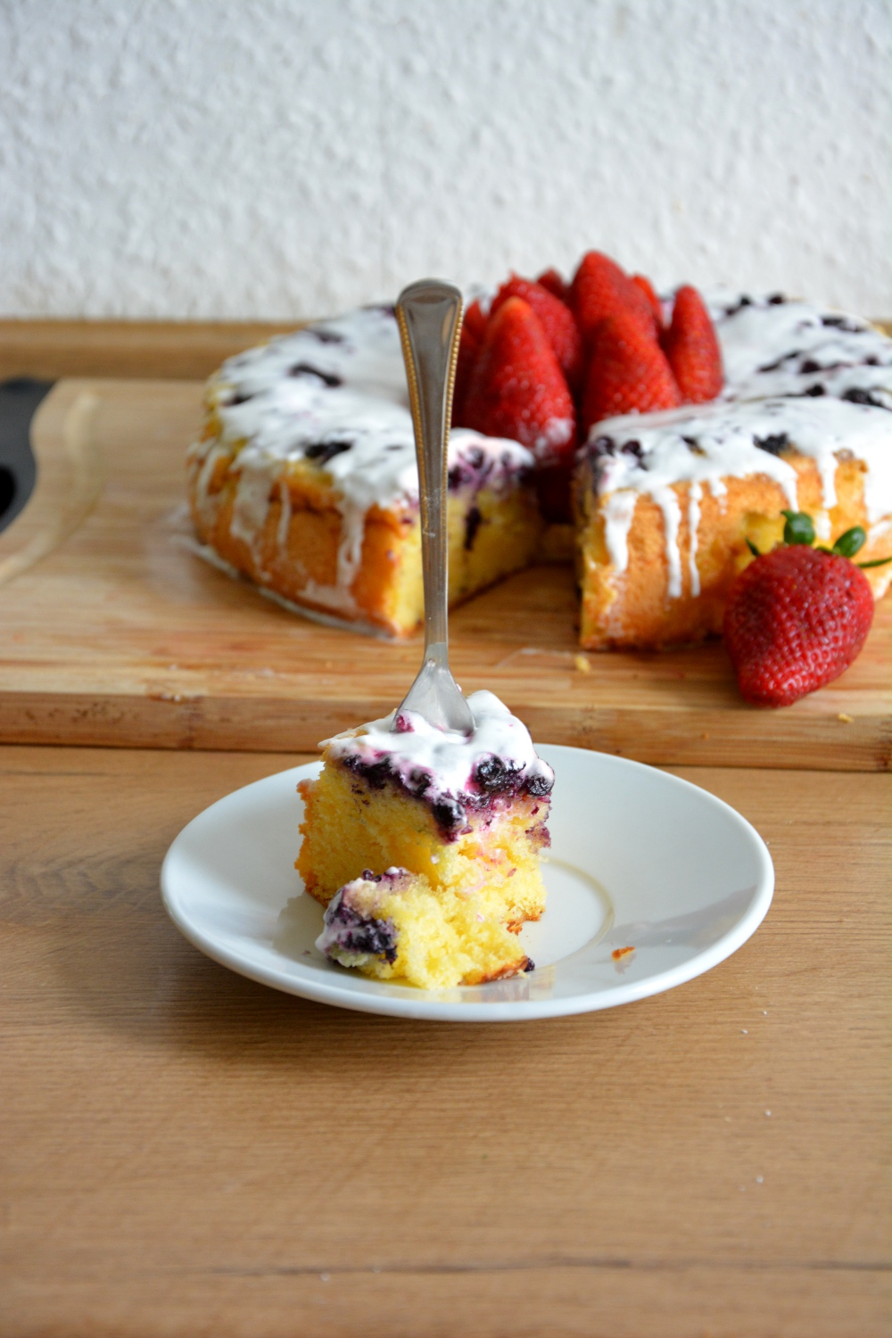 Lemon And Blueberry Cloud Cake3
